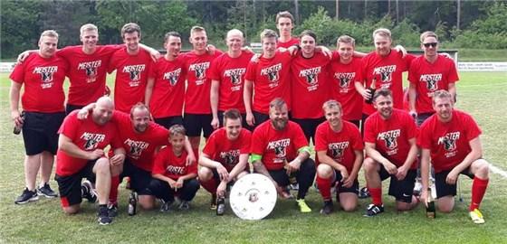 Schon früh in der Serie 17 18 wurde die Reserve des TSV St. Johannis  Bayreuth als Favorit in der A-Klasse 7 auserkoren. Aufgrund des  lückenhaften Spielplans ... 513da34ae54